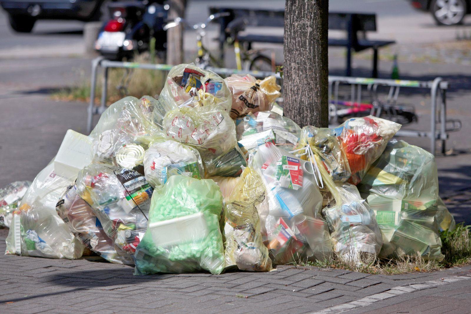 Plastikmüll - Mülltüten