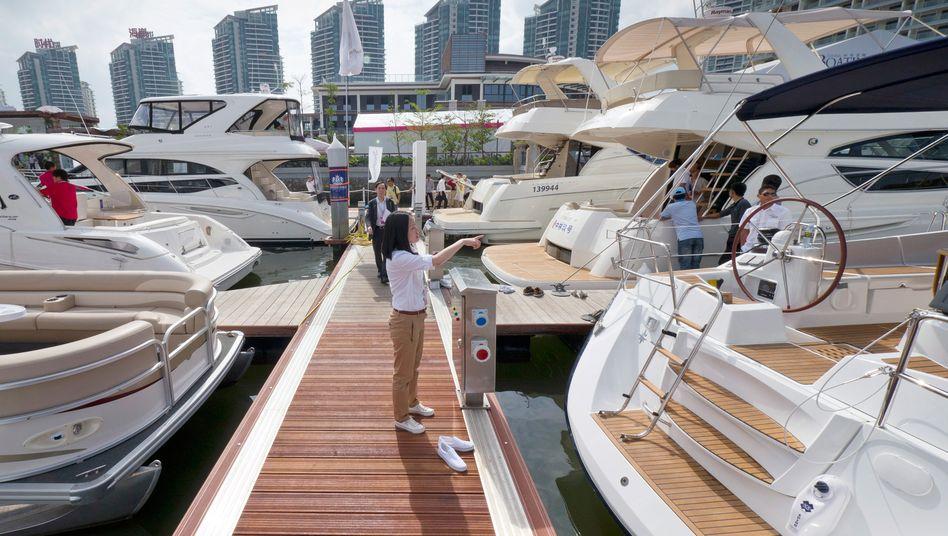 Luxury Show im chinesischen Hainan: Der asiatisch-pazifische Raum wird bereits 2016 Nordamerika - also die USA und Kanada - als Region mit dem größten privaten Reichtum ablösen, so die Prognose von BCG
