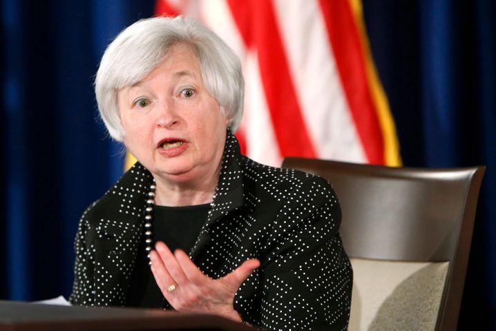 Janet Yellen, Chefin der Fed: Ups, unser Gold ist 2013 deutlich weniger wert. Tröstlich: Nur in den Büchern