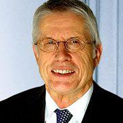 Wolfgang Kaden war von 1994 bis 2003 Chefredakteur des manager magazins. 2002 wurde er mit dem Ludwig-Erhard-Preis für Wirtschaftspublizistik ausgezeichnet.