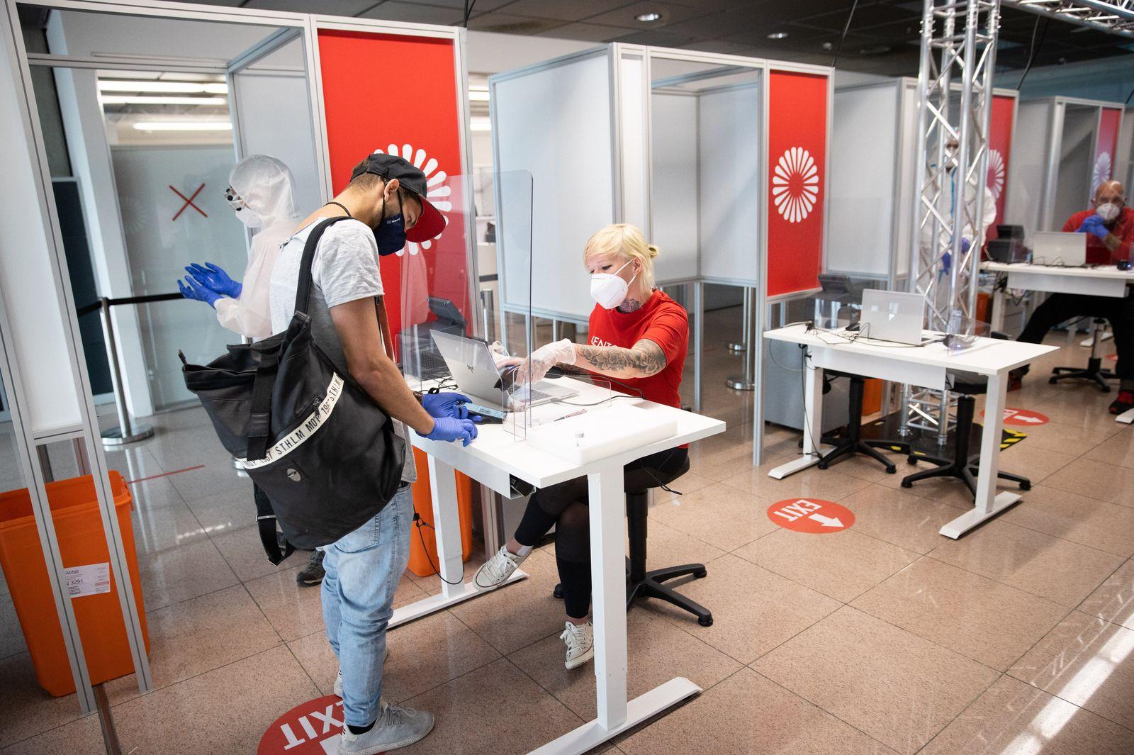 Coronavirus - Eröffnung Covid-19-Testzentrum in Hamburg