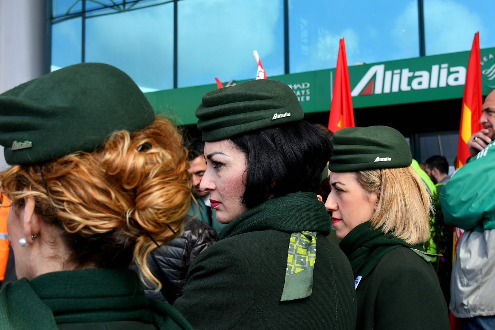FILES-ITALY-TRANSPORT-AVIATION-LABOUR-EMPLOYMENT-ALITALIA