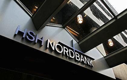 Das Geld bleibt in der Bank: Acht Millionen Euro hatte die staatlich unterstützte HSH Nordbank bereits an stille Einleger ausgeschüttet. Das Geld fordert die Bank von den Investoren jetzt zurück.