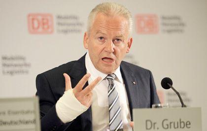 Teurer Zukauf: Bei ihren eigentlichen Aufgaben bringt der Arriva-Deal die Bahn kein Stück weiter