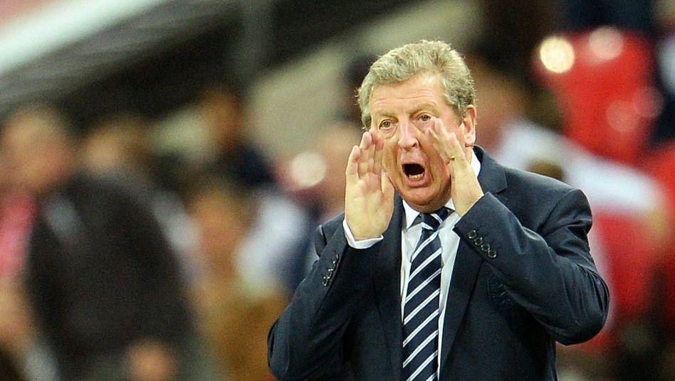 """Englands Fußballtrainer der Nationalmannschaft: Roy Hodgson hatte in der WM in Brasilien kein glückliches Händchen; sein Team schied bereits in der Vorrunde aus. Das klassische Vorgehen - der Verband wirft ihn hinaus und bis ein Nachfolger gefunden ist, trainiert ein Assistent die """"Three Lions"""". Interimsmanagement eben"""