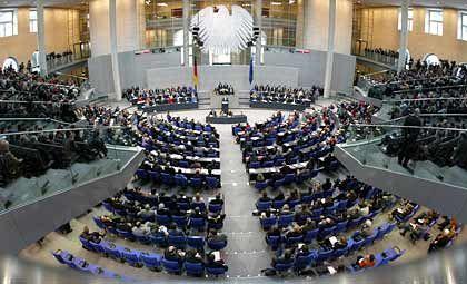 Ziel der Bürgerproteste: Bundestagsabgeordnete im Berliner Reichstagsgebäude