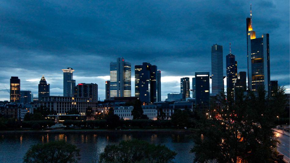 Die Skyline in Frankfurt am Main: Mit Steuergeld am Leben gehalten