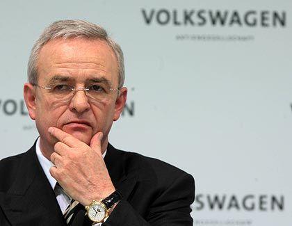 """""""Er wird weitere Aufgaben erfüllen, die wir ihm geben"""": Volkswagen-Chef Martin Winterkorn über seinen Vorgänger Bernd Pischetsrieder, der noch als Berater für den Konzern tätig ist"""