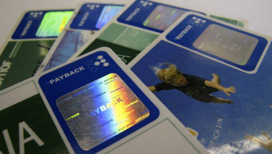 Haben Sie eine Payback-Karte? Wie oft hören wird diese Frage an der Kasse. Mit den Punkten lassen sich erhebliche Ansprüche ansammeln