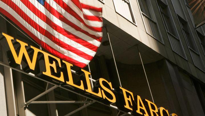 Kursverluste an der Börse: Diese Männer verloren auch mit Wells Fargo viel Geld