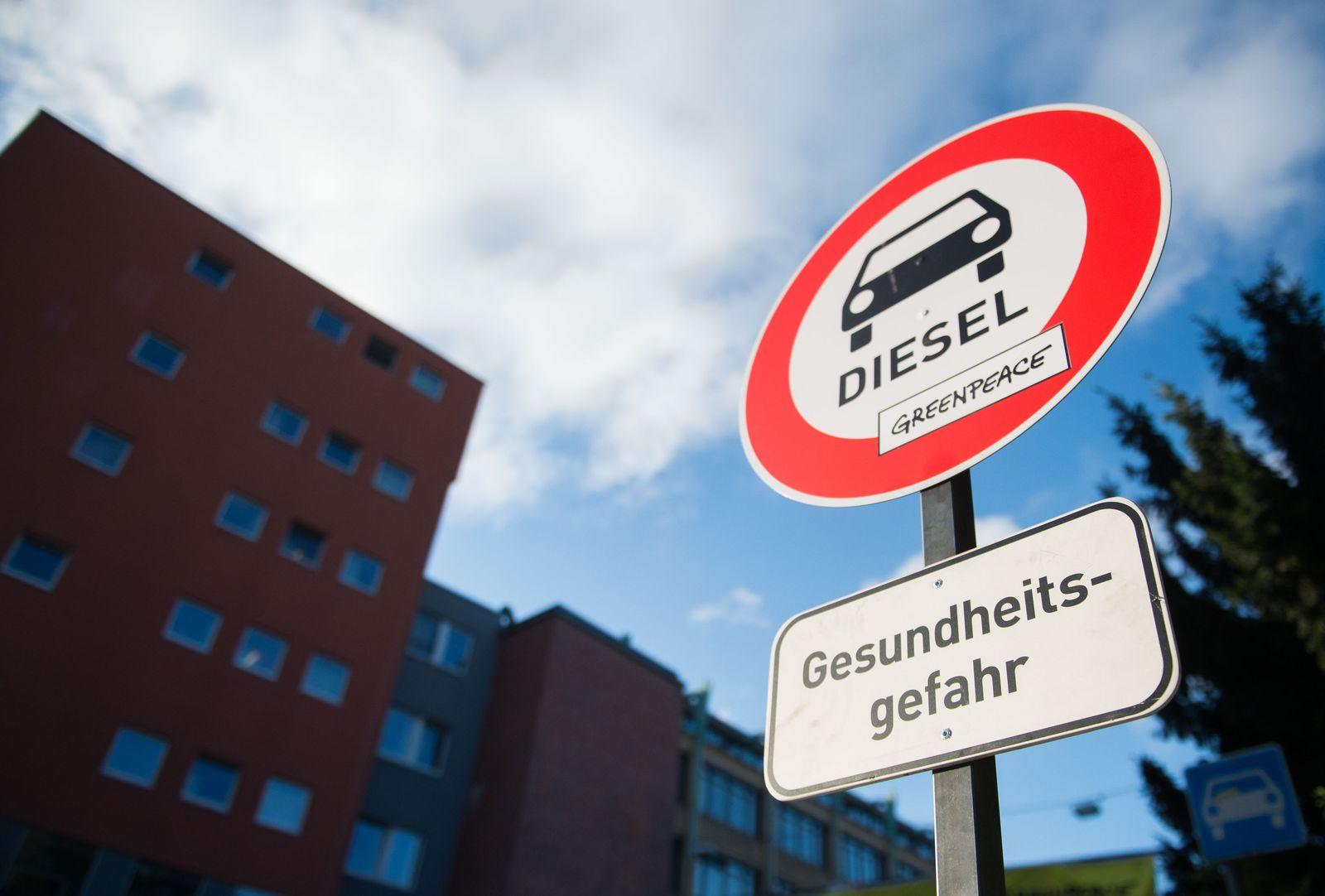 Verbotsschild für Dieselautos - Demo