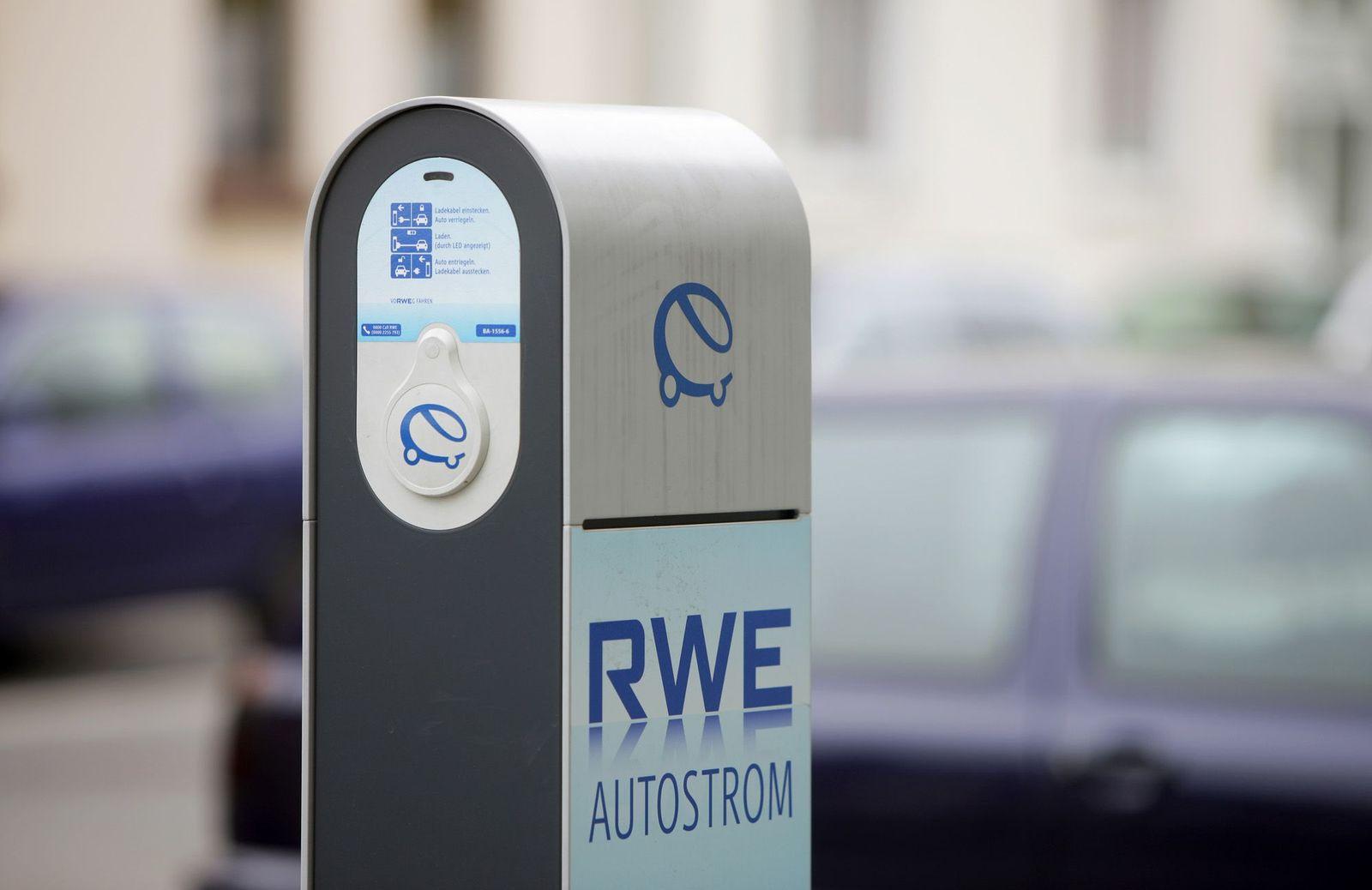 RWE / Ladestation / Auto