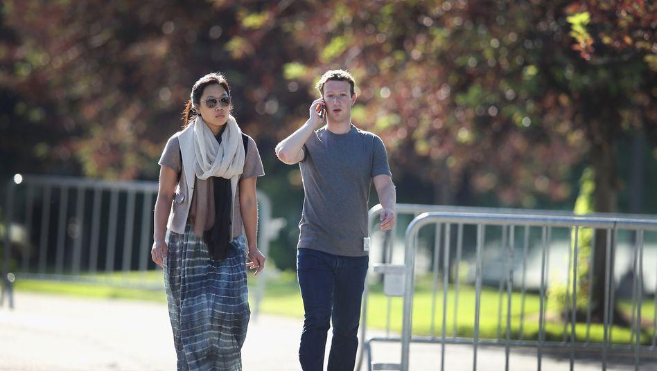 Facebook-CEO Mark Zuckerberg mit seiner Frau Priscilla Chan