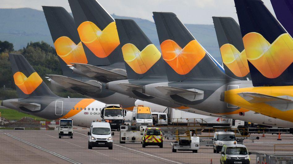 Pleiteflieger: Thomas-Cook-Flugzeuge Ende September in Manchester, Nordengland.