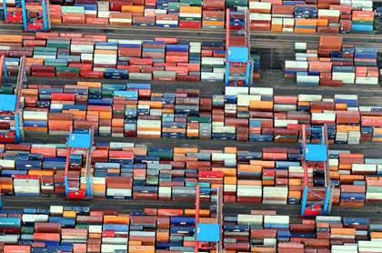 Containerstau im Hafen?:Der Lokführerstreik im Güterverkehr könnte sich negativ auswirken