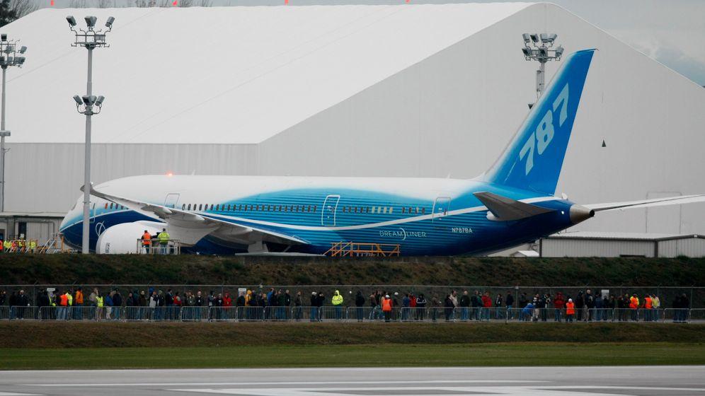 Premiere: Boeing fliegt den Dreamliner