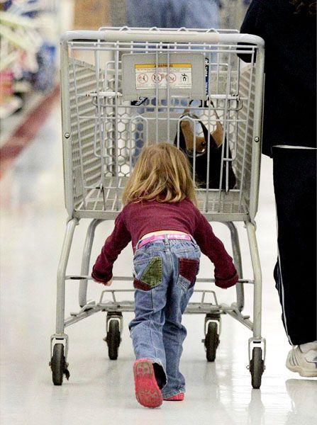 Einkaufen: Nicht für jeden eine Freude - doch es stützt das Wirtschaftswachstum