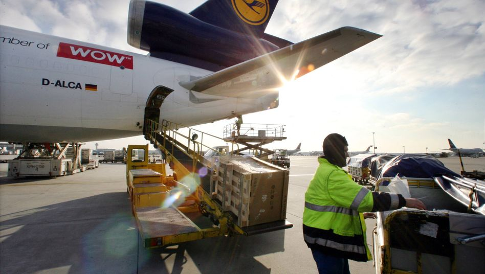 Lufthansa: Das Frachtgeschäft des Konzerns leidet unter der schwächelnden Weltkonjunktur und dem Nachtflugverbot in Frankfurt