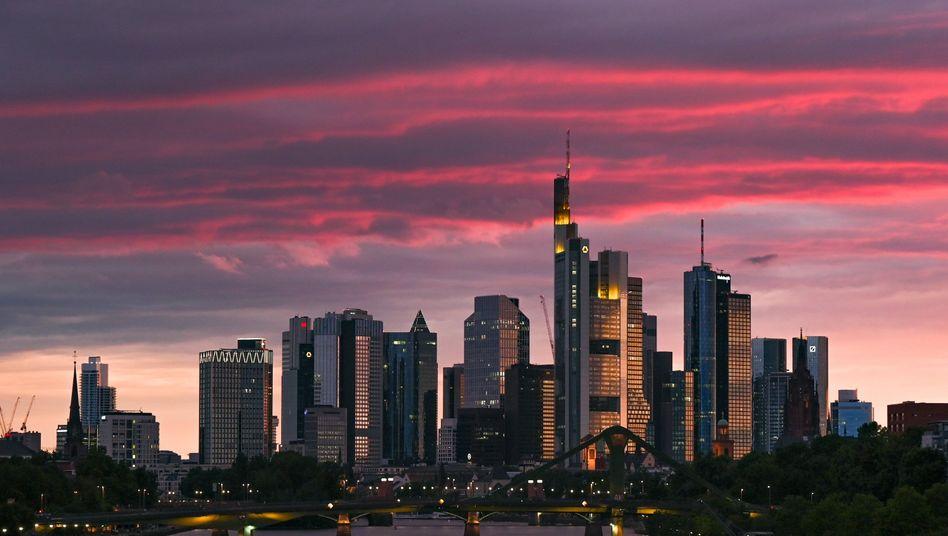 Besser kein Geld an Aktionäre ausschütten: EZB mahnt Banken.