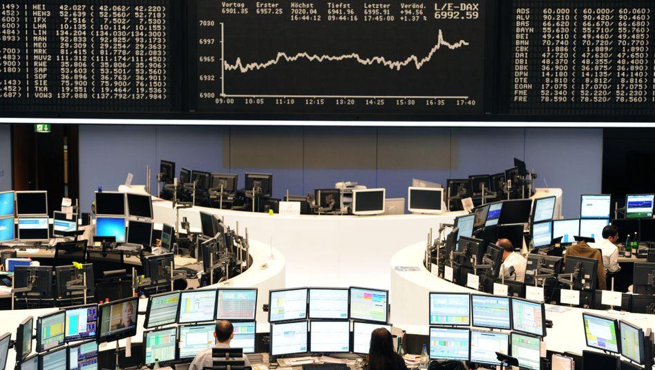 Börse in Frankfurt: Der Dax schließt kaum verändert