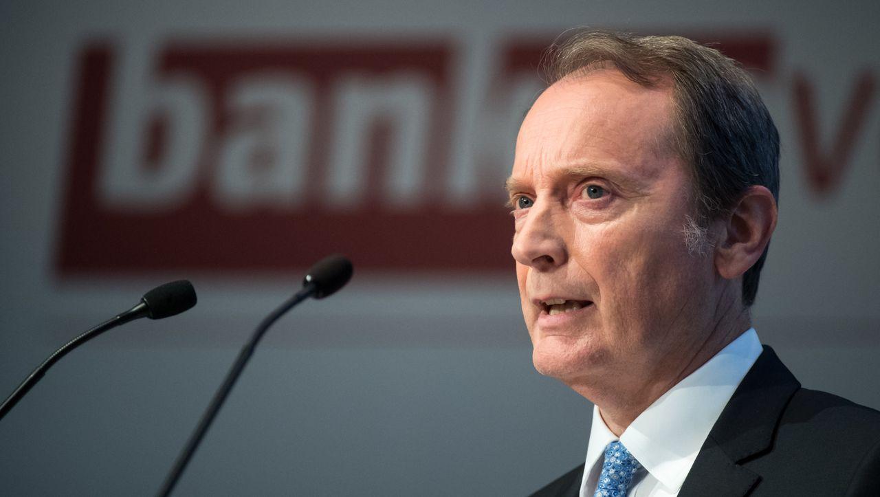 Bankenverband wählt Peters erneut zum Präsidenten - manager magazin - Unternehmen