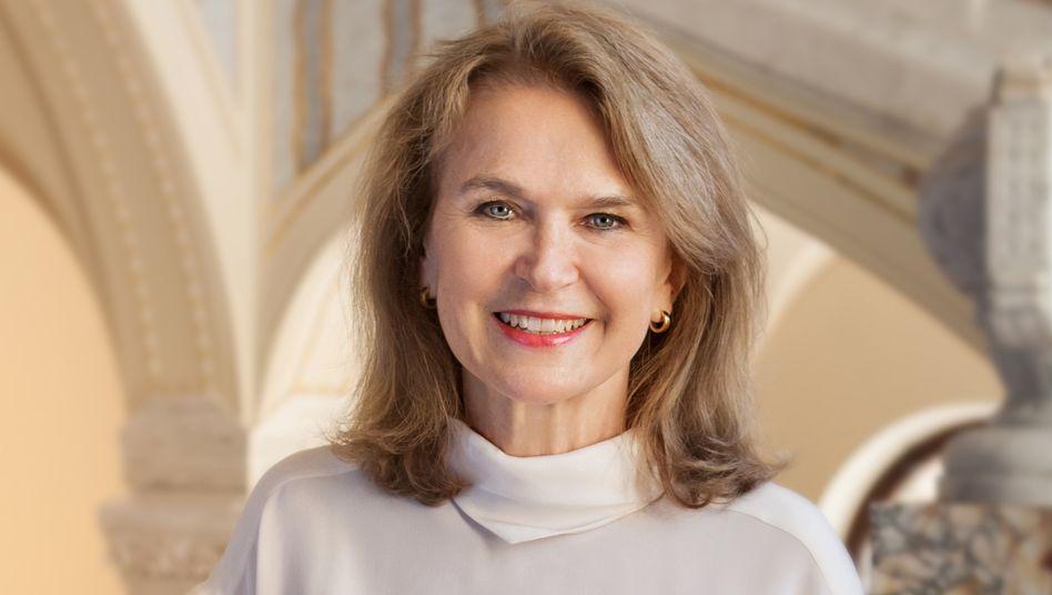 First Lady:Mary Gräfin von Faber-Castell hat Angst, ihre Vormachtstellung zu verlieren, und blockiert dabei wichtige Investitionen