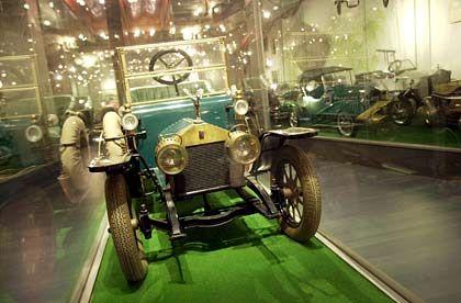 Rolls-Royce-Tretauto: Spielerischer Start in den ersten Jahren