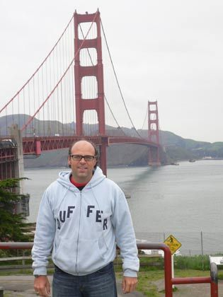 Freiräume: Andreas Glemser posiert vor der Golden Gate Bridge in San Francisco ...