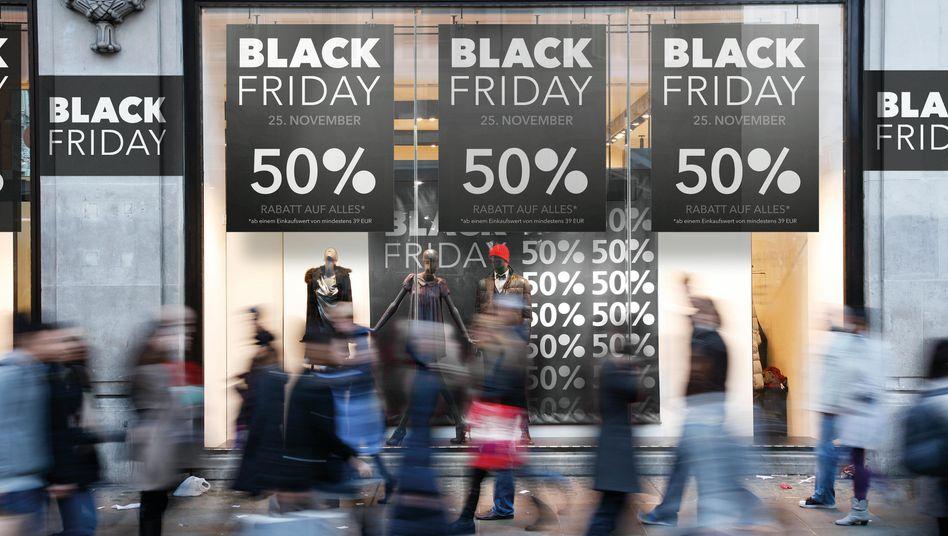 Black Friday in Deutschland: Im vergangenen Jahr haben Verbraucher in Deutschland durchschnittlich 217 Euro ausgegeben - in diesem Jahr sollen es noch mehr werden