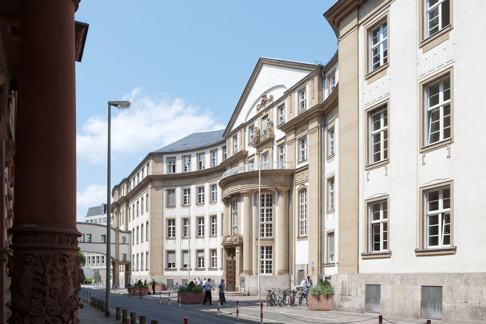 Landgericht / Frankfurt am Main