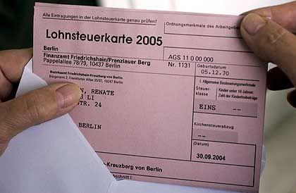 Lohnsteuerkarte für 2005: DieFrist läuft bald ab