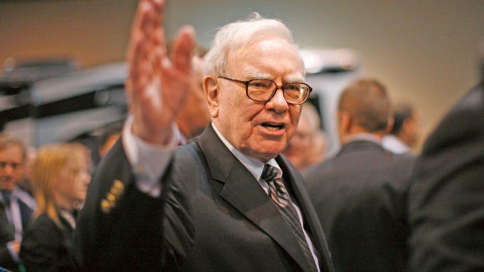 Mit seinen Ankündigungen bewegt er Milliarden: Berkshire-Hathaway-Chef Warren Buffett