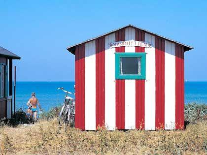 Ab in die Ostsee - die kleinen Badehäuser an den Stränden Ærø sind bei den Insulanern sehr begehrt