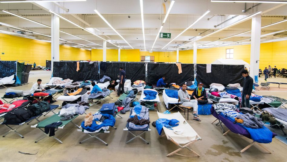 Baumarkt in Hamburg-Bergedorf: Der Stadtstaat Hamburg hat eine Verordnung erlassen, die es ihm erlaubt, leerstehende Gewerbegebäude auch gegen den Will der Eigentümer zur Unterbringung von Flüchtlingen zu nutzen