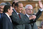 Jospin und Chirac: Die Retter der nationalen Kultur treten auf den Plan