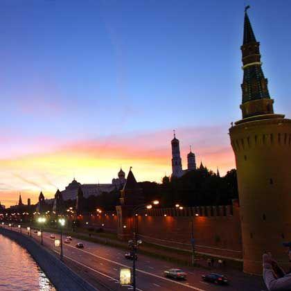 Kreml: Das Börsenbarometer MICEX war in den ersten 35 Handelsminuten um 14,35 Prozent gefallen