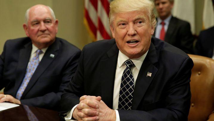 100 Tage Amtszeit: Welche Versprechen Trump gehalten hat - und welche nicht