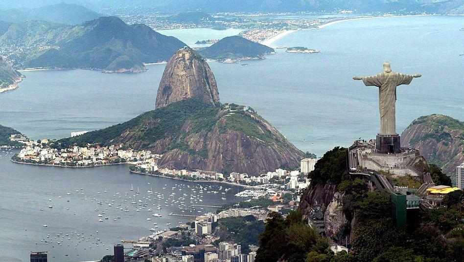Scheck auf die Zukunft: Brasilien wächst rasant, der neue Reichtum aber bleibt ungleich verteilt