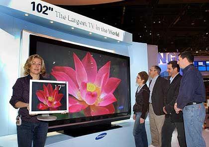 Zwerg und Riese: Bildschirmmodelle von Samsung