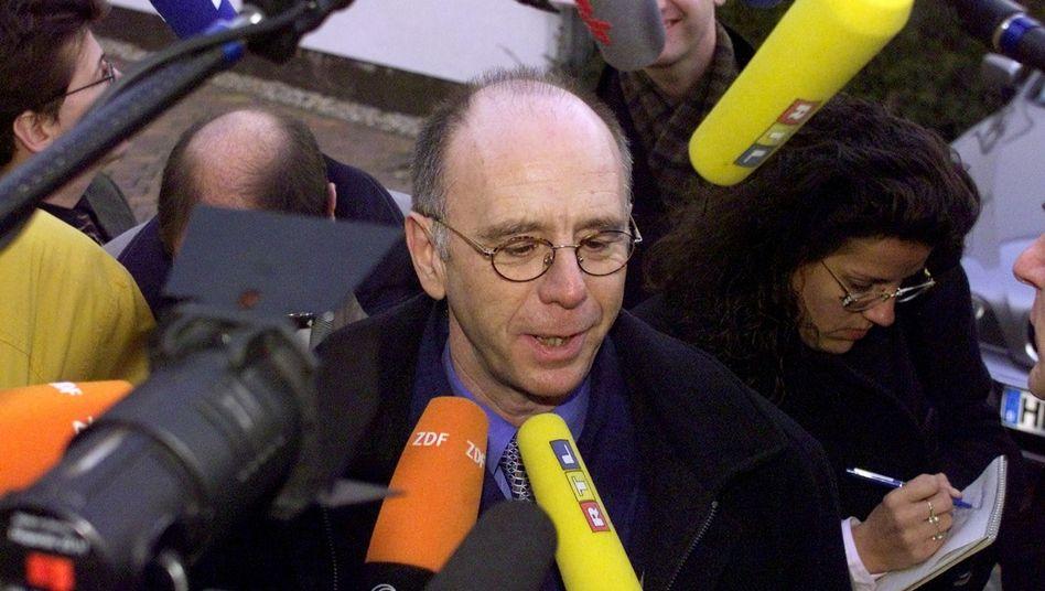 Riester-Fan: Ex-Bundesminister Walter Riester verteidigt die gleichnamige Rente immer wieder. Heute ist er Aufsichtsrat der Union Investment Holding und ebenso zum Krisengipfel des DIW am 1. Juni geladen
