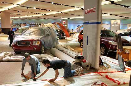 Letzte Handgriffe: Für das Publikum wird die Auto Show vom 19. bis zum 27. Januar geöffnet sein