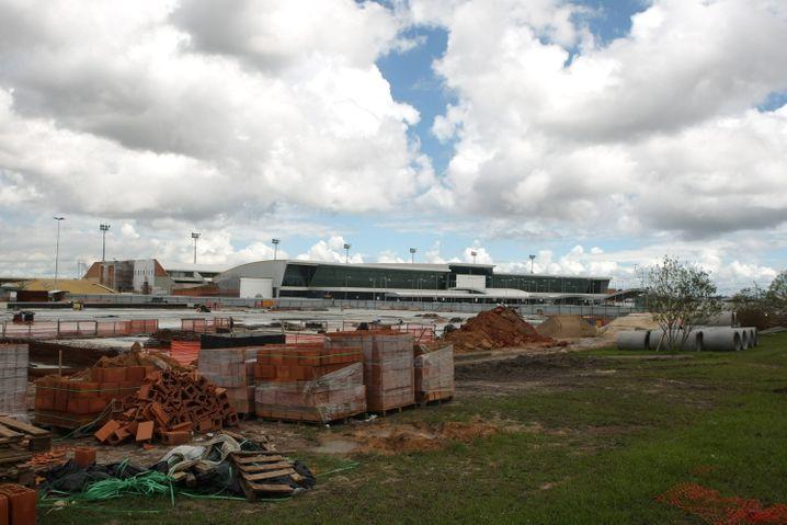 Flughafen Manaus: Stand der Bauarbeiten im Mai