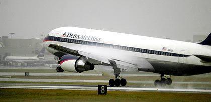 Warnung vor negativem Cash Flow: Delta-Flugzeug