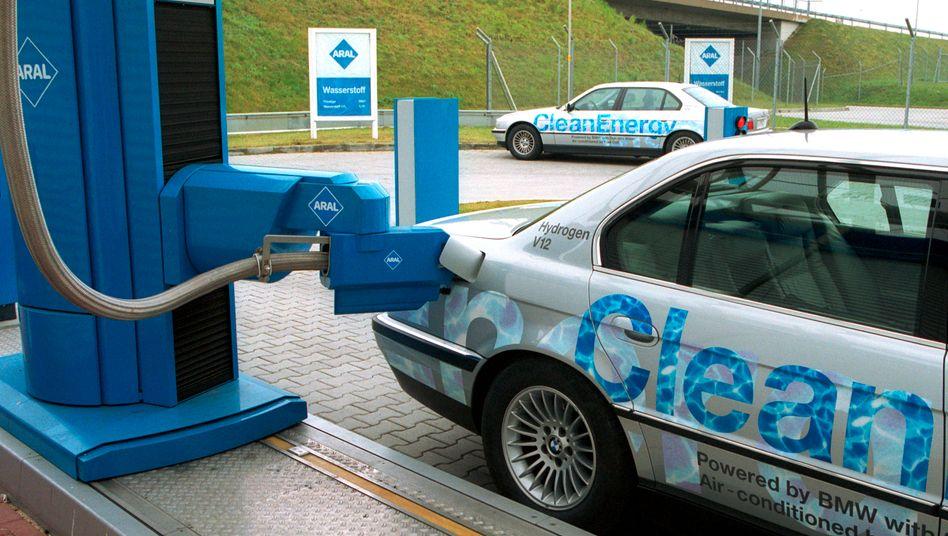 Wasserstoff-Tankstelle in Berlin: Ab 2014 soll bundesweit gebaut werden