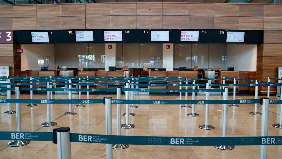 Neuer Flughafen ohne Passagiere: Der Flughafen BER hat mitten in der Corona-Krise eröffnet