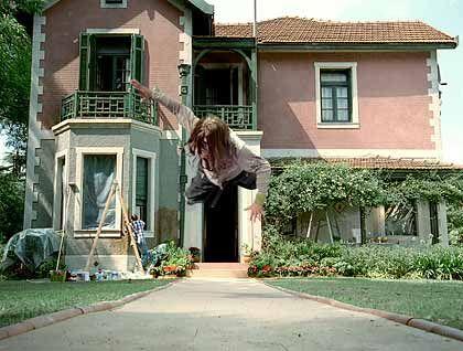"Hornbach-Spot ""House"": Yippie Yippie Yeah"