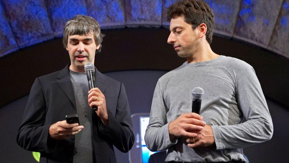 Larry Page (l) und Sergey Brin (Archivbild von 2008)