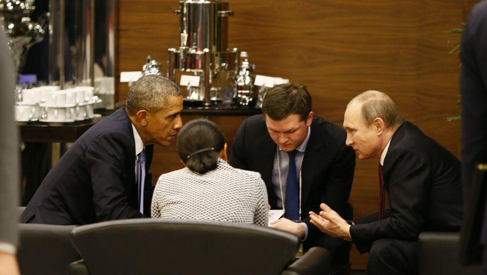 Offensichtliche Annäherung: US-Präsident Obama und Russlands Präsident Putin im Gespräch beim G20-Gipfel in der Türkei