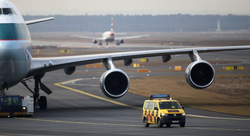 Ohne sie geht nicht viel: Die Flugsicherung.