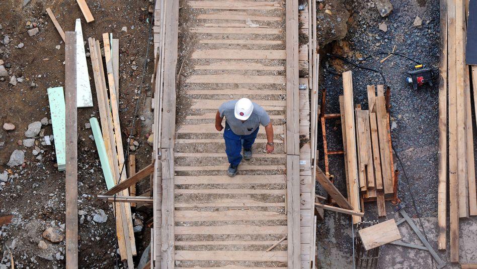 Baubranche: Verdächtige Finanzströme bei Alpine Bau Deutschland